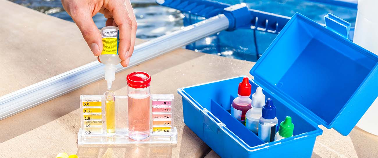 swimming pool servicing contracts